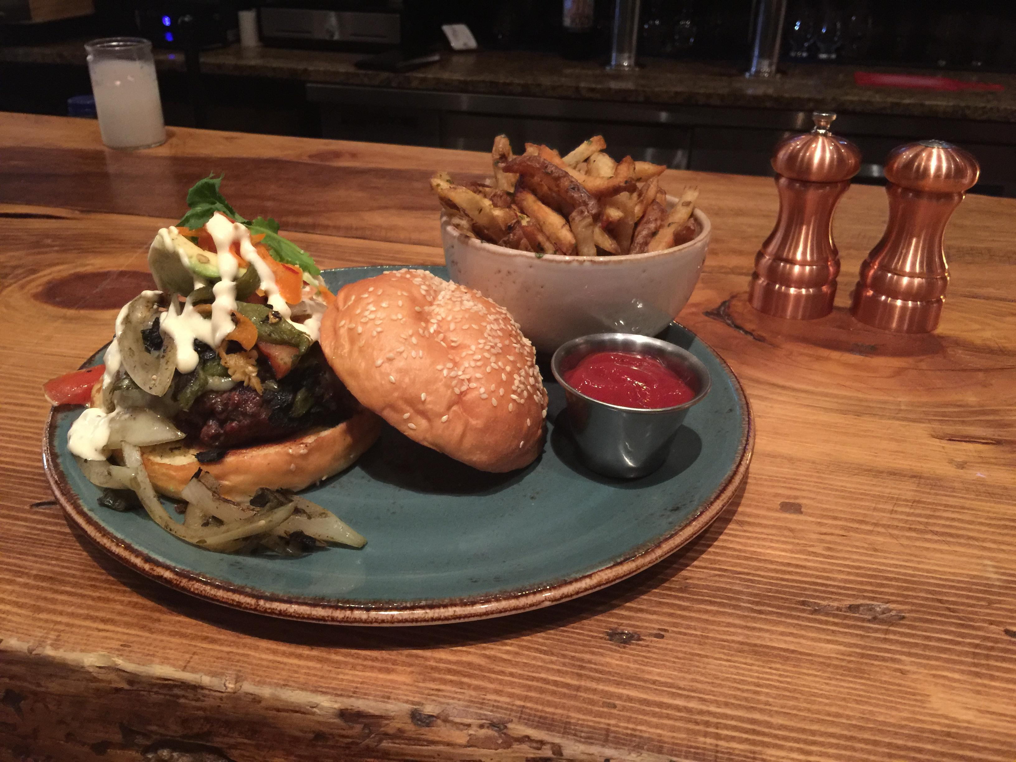 OpenNote: Rajas burger at Stonewood Excellent #food $13