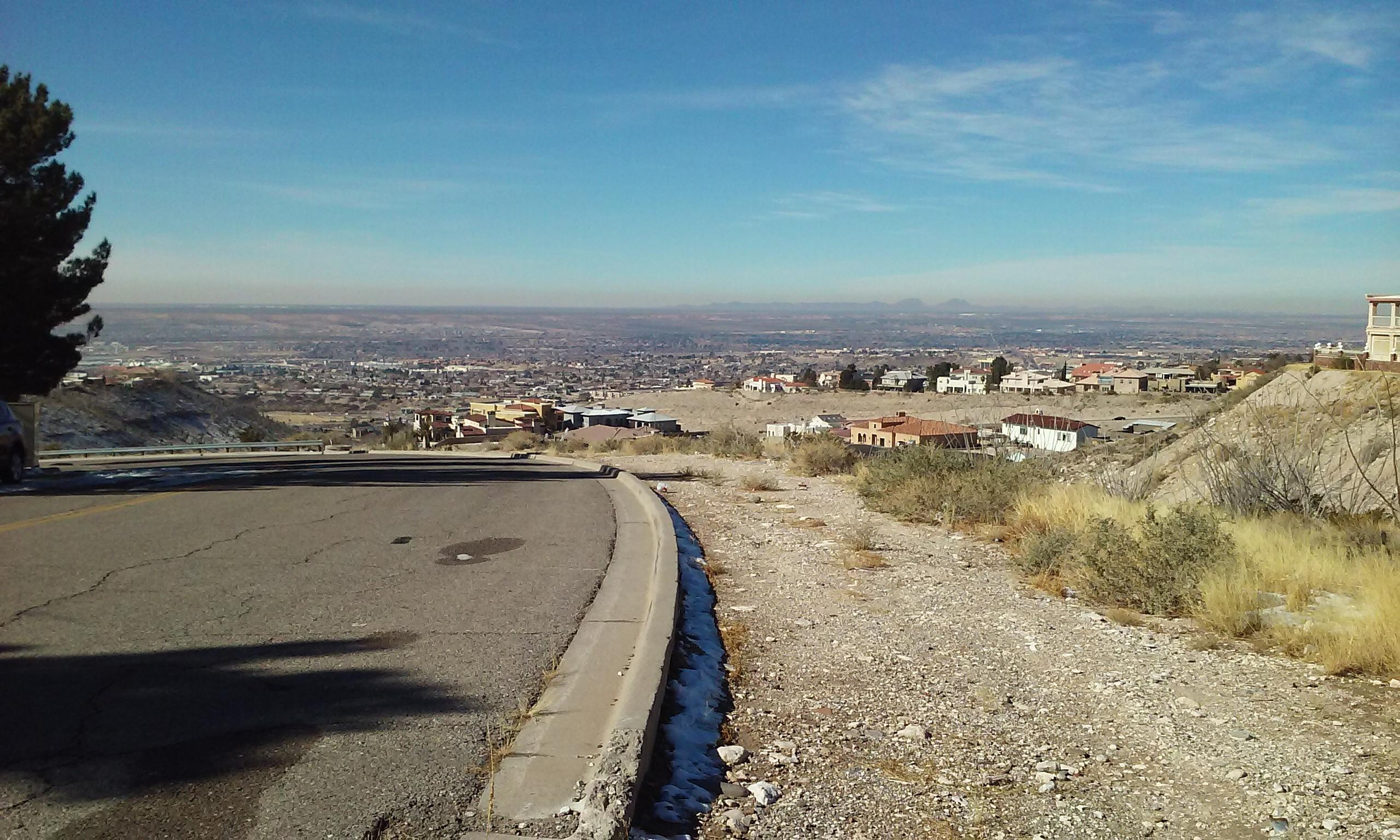 El Paso from the mountains