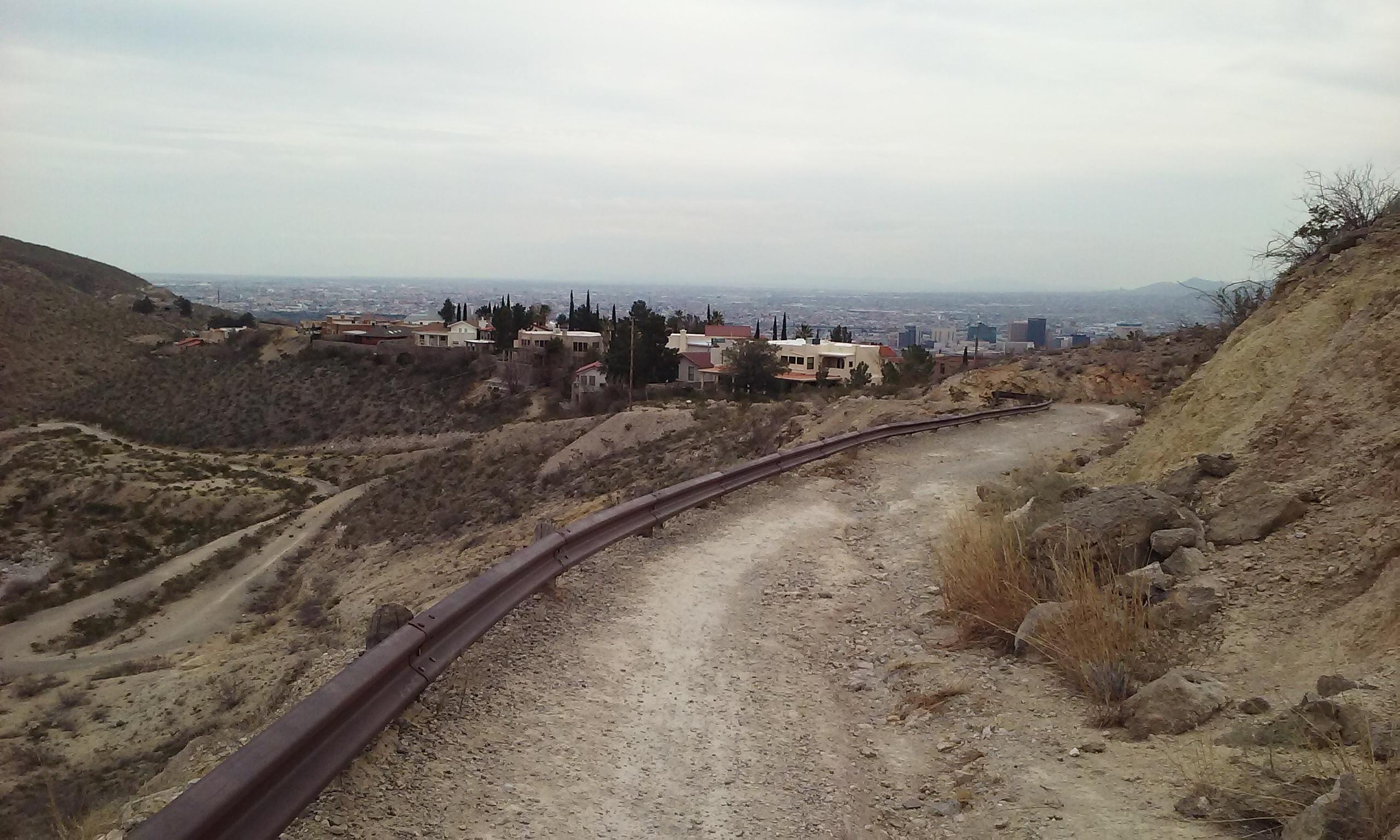 Downtown El Paso from the hiking trail at Palisades.