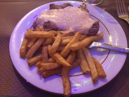 Le Marathon Restaurant Paris 3 course meal for 10 euros steak would probably be better med