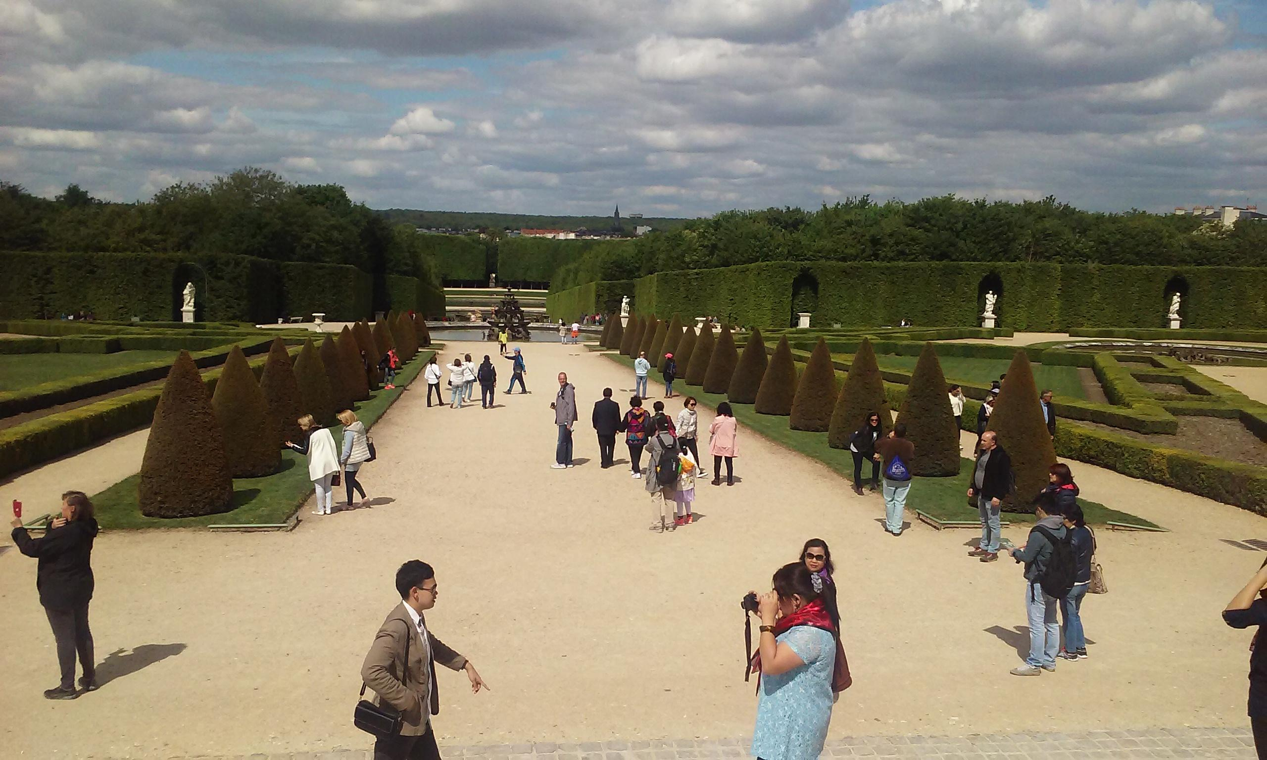 The gardens of Versailles after leaving the palace through the back and looking to the rig