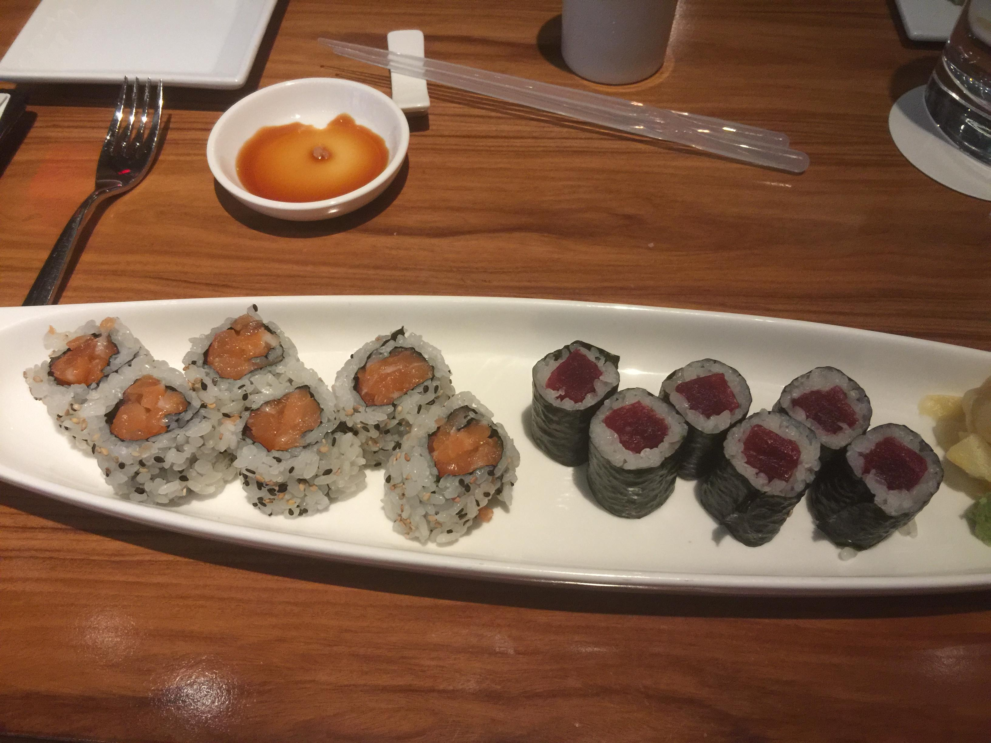 Salmon roll $12 at Morimoto excellent #food tuna roll $11 MGM Grand
