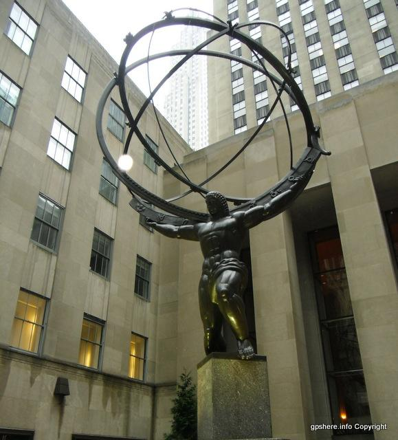 Atlas (Statue) located at Rockefeller Center. A great example of public art. Always worth
